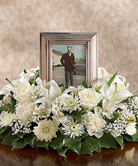 Memorial Table Wreath